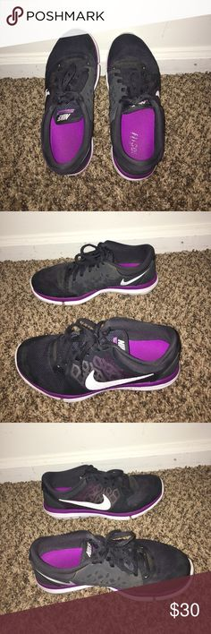 Nike Flex 2015 Run Purple Nike Flex Running shoes! Barely worn and in great condition. Nike Shoes Sneakers