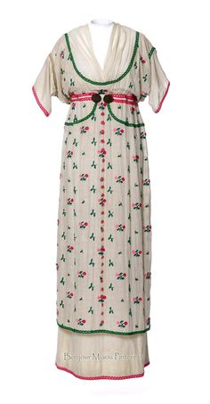 "Dress ""Fleurie,"" Poiret, 1912. Embroidered cotton chiffon. Photo: Jean Tholance. Les Arts Décoratifs via Europeana Fashion"