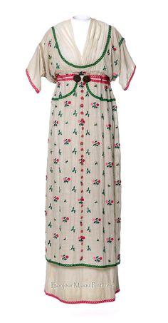 """Dress """"Fleurie,"""" Poiret, 1912. Embroidered cotton chiffon. Photo: Jean Tholance. Les Arts Décoratifs via Europeana Fashion"""