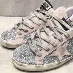 Shoe love   ㄨ @goldengoosedeluxebrand @virginemamapapa #shoe #glitter #style…