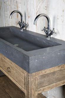 badkamermeubel Jan van IJken, oude bouwmaterialen