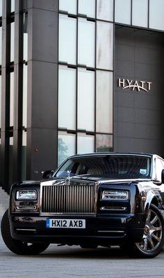 Rolls Royce-Phantom