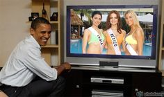 Nikita Anand Miss India, Marisol Gonzalez Miss Mexico and Emmanuelle Chossat Miss France watch live Obama
