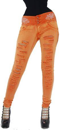 Los vaquero push up color naranja son ampliamente conocidos por el efecto pum-up que incorporan un nuevo estilo gracias al diseño de pinzas laterales, creamos un patrón exclusivo para controlar el abdomen y dar un aspecto de vientre extraplano, y en la parte trasera  acaba creando una copa modeladora. Unicamente en hadabella.com Color Naranja, Fit Board Workouts, Colored Denim, Most Beautiful Pictures, Push Up, Personal Style, Cool Outfits, Skinny Jeans, Sweatpants