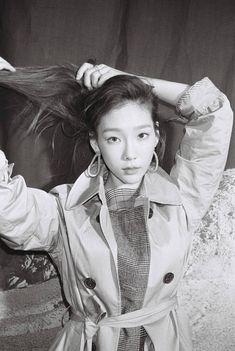 Taeyeon x Tommy Hilfiger for W Korea October 2018 Sooyoung, Yoona, Snsd, Kim Hyoyeon, Girls Generation, Girls' Generation Taeyeon, South Korean Girls, Korean Girl Groups, Kwon Yuri