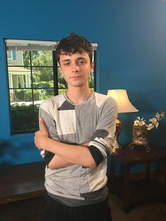 Actor Lucas Jade Zumann attends the AARP's Annual Movies for Grownups Awards at the Beverly Wilshire Four Seasons Hotel on February 2017 in Beverly Hills, California. Lucas Jade Zumann, Lucas 1, Crush Crush, Gilbert And Anne, Amybeth Mcnulty, Gilbert Blythe, Anne With An E, Anne Shirley, Cute Celebrities