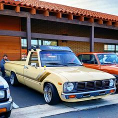 I need this in my life. Nissan Trucks, Toyota Trucks, Lifted Trucks, Pickup Trucks, Toyota Hilux, Toyota Corolla, Custom Trucks, Custom Cars, Nissan Hardbody