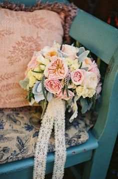 Delicate Wedding Bridal Bouquets to Make You Wow. To see more: http://www.modwedding.com/2014/03/28/delicate-wedding-bridal-bouquets-to-make-you-wow/ #wedding #weddings #bouquet Photo: Patrick Moyer
