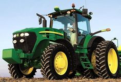 Congressman Dave Loebsack (D-IA) attacks John Deere, the largest manufacturing jobs provider in the state of Iowa, in his latest campaign ad. Jd Tractors, John Deere Tractors, John Deere Equipment, Heavy Equipment, Country Farm, Country Life, Future Trucks, Vintage Tractors, Heavy Machinery