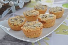 Quiche cu ciuperci si parmezan Parmezan, Tart, Muffin, Pie, Breakfast, Food, Torte, Morning Coffee, Cake