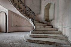 Abandoned Italy by IrisvanWolferen