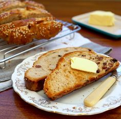 Elly's spiced fruit bread recipe makes a fantastic alternative to hot cross buns this Easter. Packed with warming spices and tea-soaked dried fruit, serve this beautiful enriched bread toasted with plenty of butter for brunch or afternoon tea
