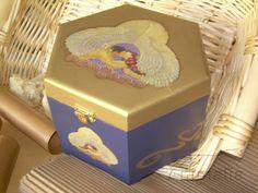 """Scatola in legno """"Love"""" découpage e stencil: disponibile - for sale   #découpage  #handmade"""