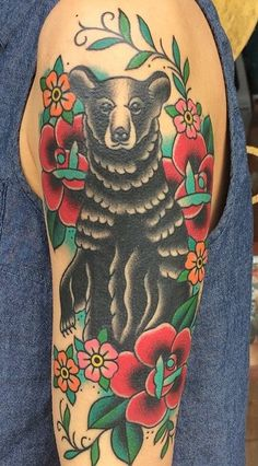 Michelle Rubano from Full Circle Tattoo in San Diego California american brown bear old school american traditional