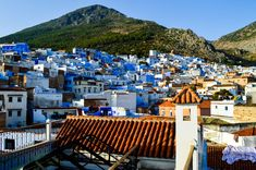 Chefchaouen is without any doubt the best city in all of Morocco and a must-see stop in your itinerary. Here's the Best 5 Things to Do and See in Chefchaouen. Visit Morocco, Morocco Travel, Morocco Chefchaouen, Atlas Mountains Morocco, 3 Days Trip, Most Luxurious Hotels, Marrakech, Tangier, Blue City