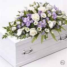 Children's Casket Spray - Blue and Lilac - Funeral Flowers London Lilac Flowers, Purple Roses, Summer Flowers, Diy Flowers, Diy Flower Arrangements For Funeral, Funeral Flowers, September Flowers, Flowers London, Casket Sprays