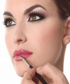 Green contact lenses Best Contact Lenses for Dark Brown Eyes