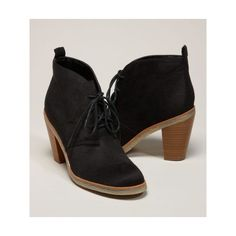 American Eagle Outfitters Aeo Desert Boot ($30) ❤ liked on Polyvore featuring shoes, boots, ankle booties, american eagle, clothing & accessories, dress shoes, footwear, chunky high heel boots, laced booties and chunky booties