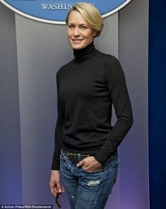 House of Cards' Robin Wright got a salary increase to match Kevin Spacey | Daily Mail Online