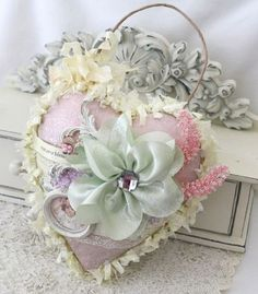 Pastel shabby and pretty x Fabric Hearts, Fabric Flowers, Silk Flowers, Decoration Shabby, Deco Originale, Shabby Chic Crafts, I Love Heart, Heart Crafts, Ribbon Work