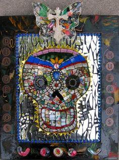 Brokenartworks.com mosaic art & classes by Leann Wooten