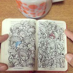 おはようございます。/good morning. 10月終了/October  #ゼンタングル #イラスト #モレスキン #zentangle #zendoodle #doodle #doodles #drawing #illustration #pattern #art #design #signo #moleskine #myMoleskine #journal #diary #planner