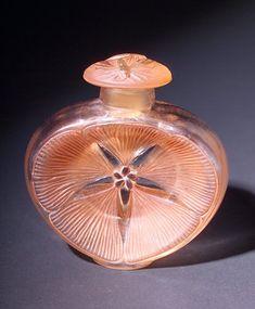 """R. LALIQUE Perfume bottle, """"Narkiss,"""" c. 1912, for Roger et Gallet"""