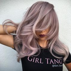 22 New Gorgeous Hair Color Trends For 2019 – 𝒞hαηellαα. 22 New Gorgeous Hair Color Trends For 2019 Amazing pink hair color Lavender Hair, Lilac Hair, Hair Color Pink, Hair Colors, Blue Hair, Brown Ombre Hair, Brown Blonde Hair, Brunette Hair, Guy Tang Blonde