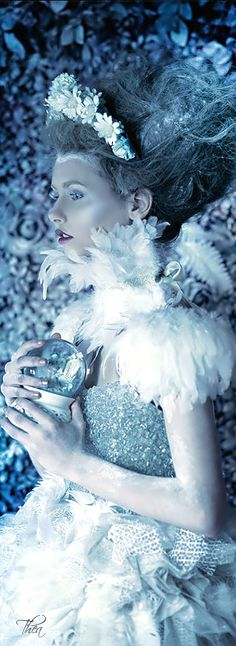 ℳiss Pandora's Box ♛ Snow Queen, Ice Queen, Royal Tea Parties, Ice Princess, Winter Princess, Winter Fairy, Shades Of Blue, Blue And Silver, Portrait