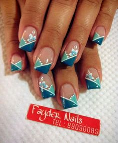Having short nails is extremely practical. The problem is so many nail art and manicure designs that you'll find online Fingernail Designs, Diy Nail Designs, Acrylic Nail Designs, Acrylic Nails, Teal Nails, Fancy Nails, Cute Nails, Blue Nail, Nail Polish Art