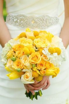 Ramo de novia en color amarillo.