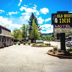This Willits Hotel is an Award-Winning Hotel that is perfect for families to Visit Willits California & The Redwood Forest. Best Hotels in Willits CA Redwood Forest, Old West, Northern California, Best Hotels, Old Things, Unique, Travel, Beautiful, Viajes
