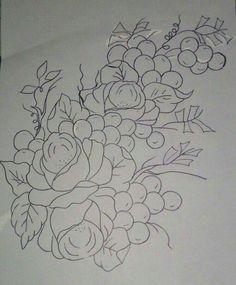 Rosas com uvas