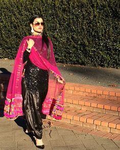 Bildergebnis für pics punjabi suits of dp Desi Wedding Dresses, Pakistani Wedding Outfits, Designer Punjabi Suits, Indian Designer Wear, Punjabi Fashion, Asian Fashion, Patiala Salwar Suits, Salwar Dress, Shalwar Kameez