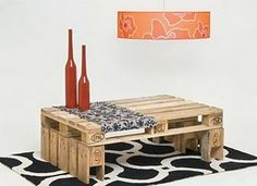 Table on pallets //mesa baja con pallets