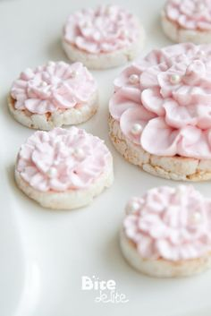Page not found - BiteDelite GmbH Flower Cookies, Cupcake Cookies, Cupcakes, Cookie Cottage, Rice Desserts, Fusion Food, Cookie Pie, Cookie Decorating, Cookie Recipes