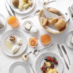 #GoodMorning and a happy Sunday peeps  : @fashiioncarpet  #fashionblogger  #breakfast #food  #blogger #blog