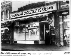 The First Loblaws grocery store, 511 Yonge St., in 1910 Toronto,Ontario Toronto Architecture, Yonge Street, Canadian Things, Toronto Ontario Canada, Canadian History, Grocery Store, Old Photos, Vintage Photos, Montreal