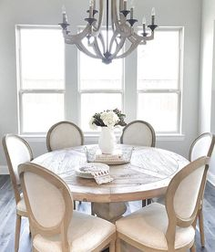 New ideas for kitchen table and chairs restoration hardware dining rooms Dining Room Decor, Decor, Restoration Hardware Dining Room, Farmhouse Dining Room, Dining Table Chairs, Farmhouse Kitchen Decor, Home Decor, Dining Room Inspiration, Dining Room Table