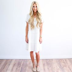White Daisies Dress