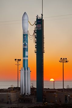 ULA Delta 2-7925 rocket from the Boeing Delta rocket family.