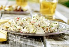 Every good backyard barbecue needs a potato salad. This potato salad recipe will disappear within minutes though, so be sure to make lots! Vinaigrette, Cabbage Soup Diet, Salad Dressing Recipes, Vegetable Sides, Food Safety, Mexican Dishes, Veggie Recipes, Veggie Dips, Summer Recipes