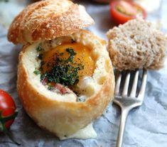 Запеченные яйца в булочках к завтраку. Готовим вместе с детьми