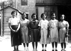 San Antonio Chinese School was started in 1927 on San Saba Street. - Seen here… Chinese American, American History, Mary Wong, Mel Brown, Texas History, Girls School, School Building, Historical Society, Historical Photos