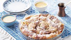 Spoznajte recept na sladký burek! Plnený višňami podávaný so šodó alebo sladkým vanilkovým krémom – recept nájdete v Lidl Cukrárni na stránke kuchynalidla.sk.