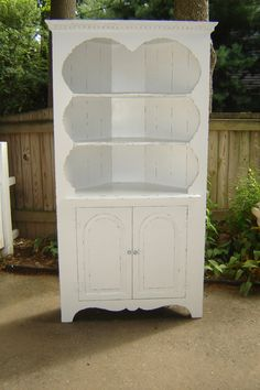 Reserved For Summer...gorgeous Vintage Furniture Shabby Chic Corner Cabinet