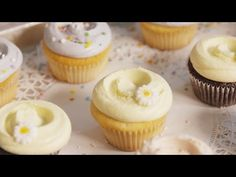 How to Do Magnolia Bakery's Signature Swirl Frosting - Delish.com