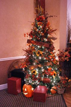 11 best fall christmas tree images on Pinterest | Christmas Decor ...