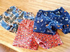 These cute baby shorts from our breezy shorts pattern are perfect for warmer weather. Available in Nb-24 months. Baby Clothes Patterns, Baby Patterns, Clothing Patterns, Onesie Pattern, Baby Pants Pattern, Boys Pants, How To Make Shorts, Long Shorts, Baby Size