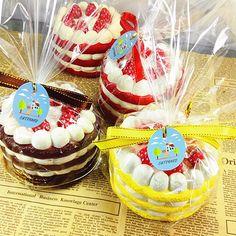 Eric Squishy Cuteyard Jumbo Strawberry Cake Slow Rising Original Packaging Collection Gift Decor